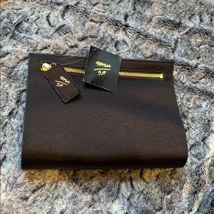 NWT! Sarah Jessica Parker Stash cosmetic bag